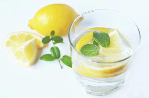 water-drink-fresh-lemons-3303